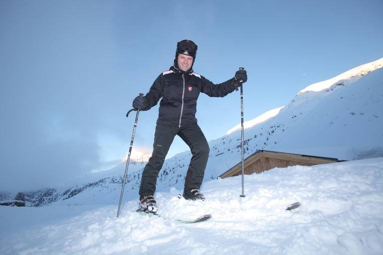 Bundesminister Bahr gesund im Schnee 2013