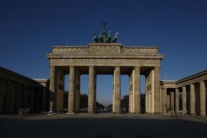 Das Brandenburger Tor zu geniesen, ohne Touristen