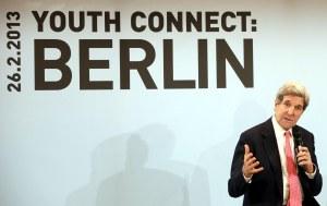US John Kerry besucht Berlin