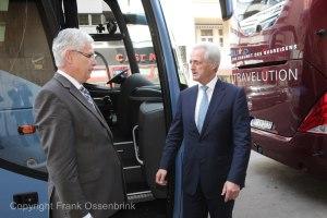 Bus Praesident Steinbrueck und Ramsauer