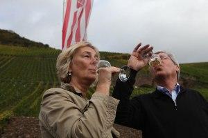 Poltik in die Weinproduktion