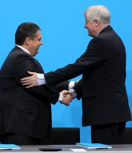 GroKo unterschreibt Koalitionsvertrag