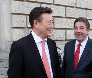 Bundestag Wahl und Erennung Bundesregierung