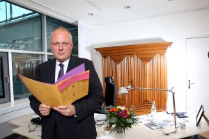 Bundeskabinett im Buero