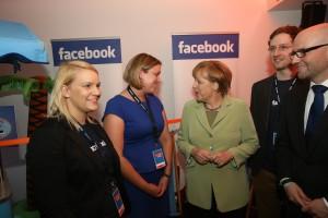 FACEBOOK und Angela Merkel
